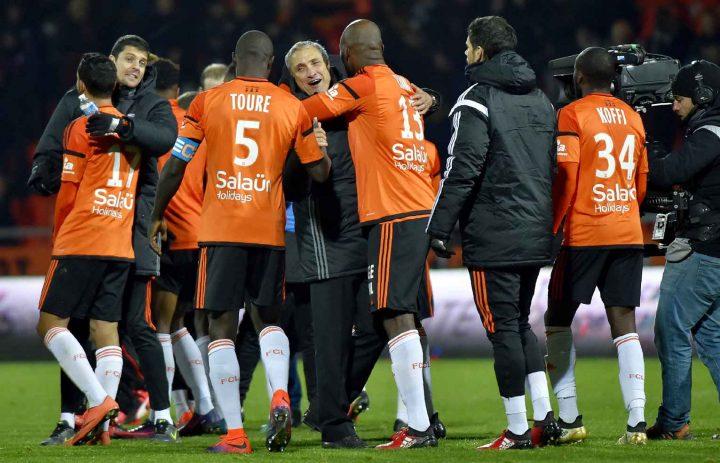 Live Score FC Lorient Masih Tertahan di Dasar Klasemen